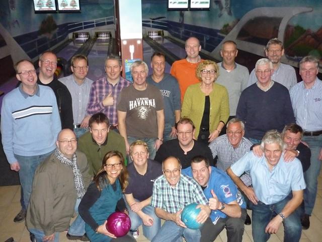 13-12-04 - Bowling (14)
